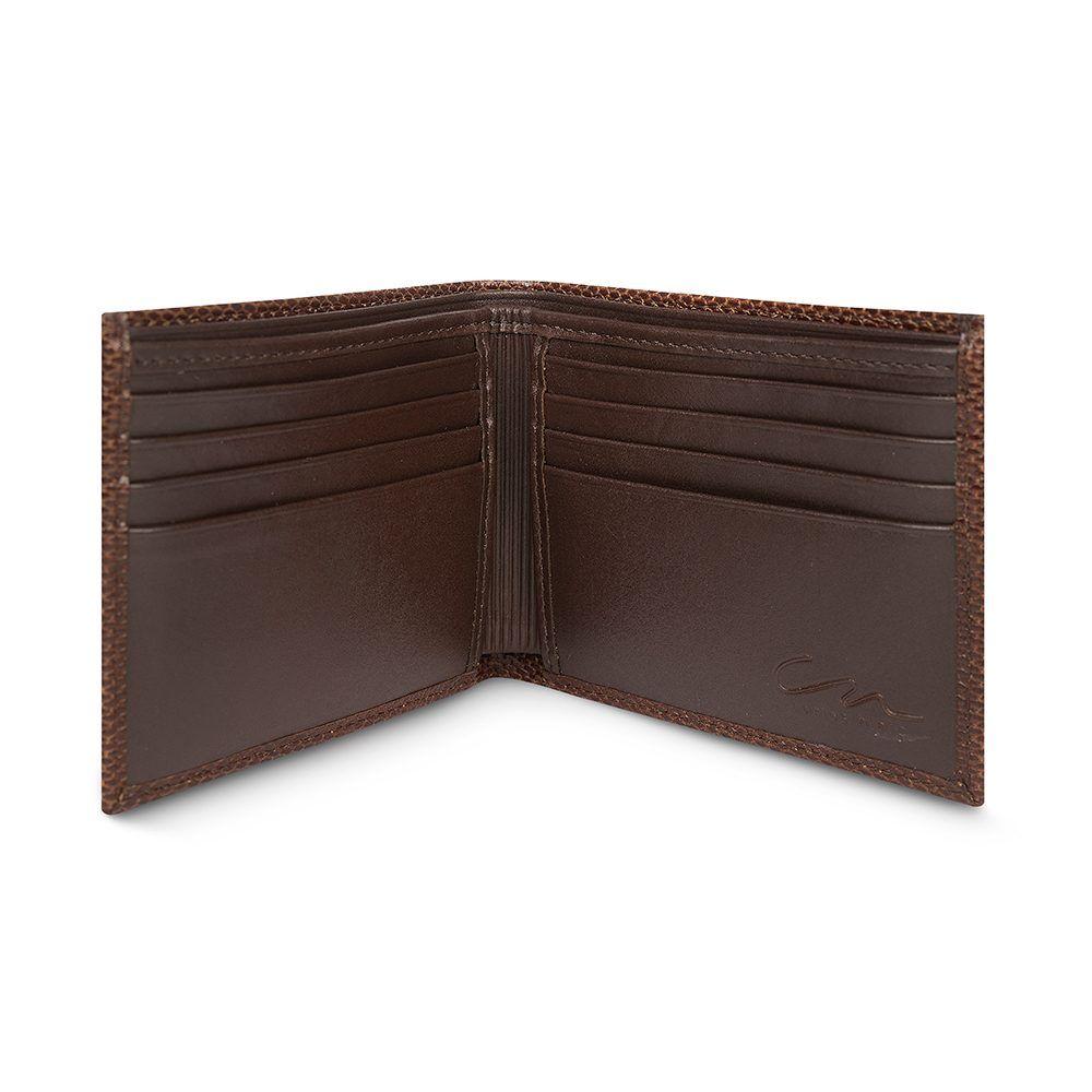 Billetera tabaco con exterior texturizado y placa metálica CN.
