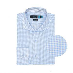 Camisa azul a cuadros en lino.